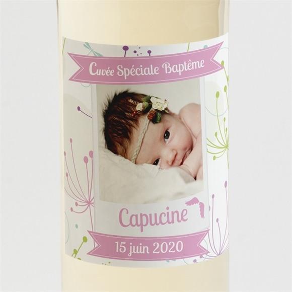 Etiquette de bouteille baptême fanions roses en fête réf.N300506