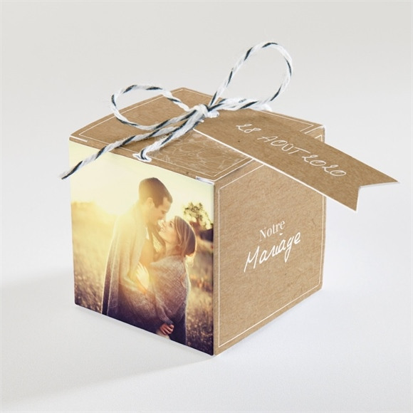 Boîte de dragées mariage Un Papillon sur le Kraft réf.N34051