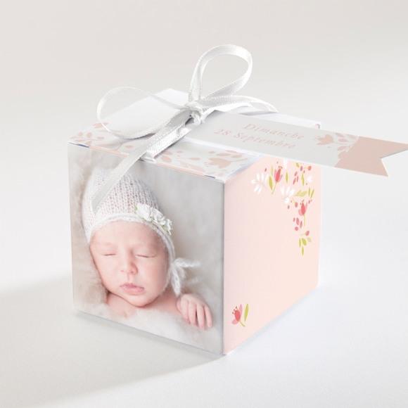 Boîte de dragées baptême Douceur végétale rose réf.N340109
