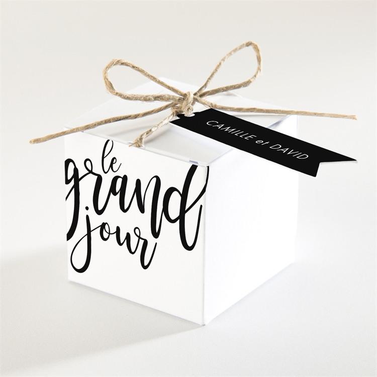 Boîte de dragées mariage Le Grand Jour réf.N340203