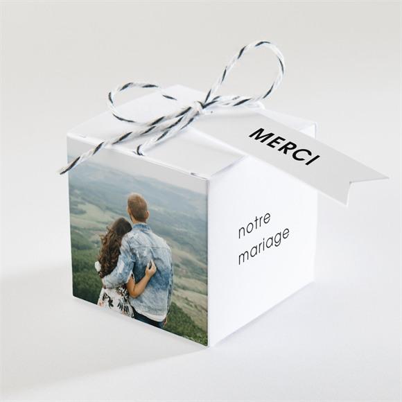 Boîte de dragées mariage Love direction réf.N340233